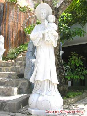 religion statue