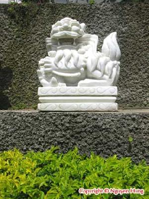 sculpture animal