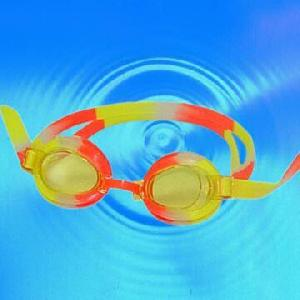 Offer Perfect Diving Mask Snorkel, Swimming Goggle, Caps, Pool