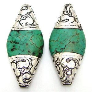 nepalese tibetan silver turquoise oval 2 beads