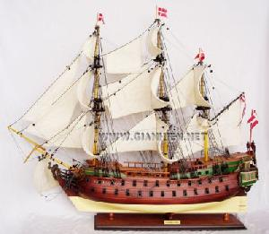 models wooden boat