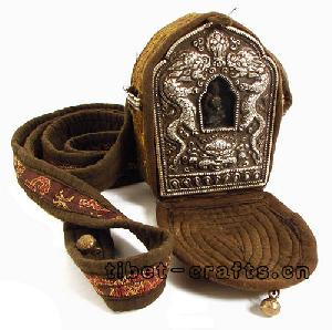 tibetan ghau prayer box amulet
