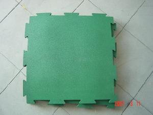 interlocking rubber tile floor