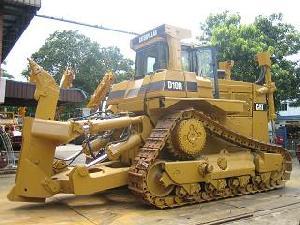 heavy construction earthmoving equipments bull dozer