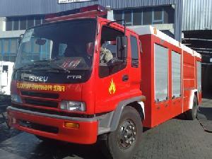 fire fighting equipment mounted isuzu truck
