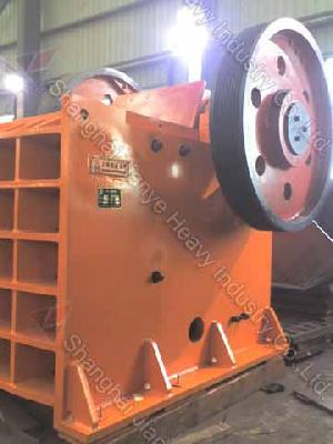 Jaw Crusher / Quarry Stone Machinery For Rock Crushing / Stone Crusher / Ore Crusher / Mineral Crush