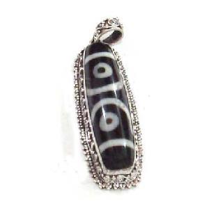 tibetan sterling silver dzi heaven bead pendant