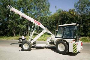 rough terrain cranes pick carry truck mounted
