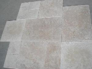 tumbled travertine 1 2 x 40 6 cm tile