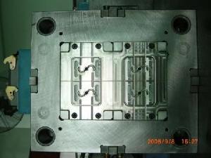 precision plastic injeciton mold