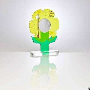 Fashion Design Acrylic Flower Shaped Jewellery Holder
