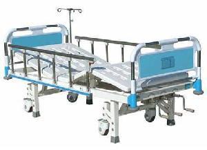 manual rocker nursing bed plastic steel head legs integrated truckles