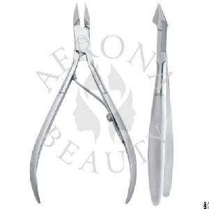 cuticle nippers nipper