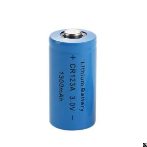 cr123a non rechargeable 3 0v lithium battery