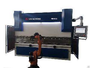 Robotic Press Brake Machine For Sheet Metal Automation