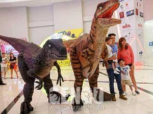 velociraptor costume dc 66