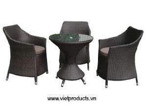 garden wicker table