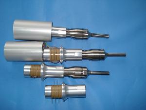 ultrasonic smashing cell transducer