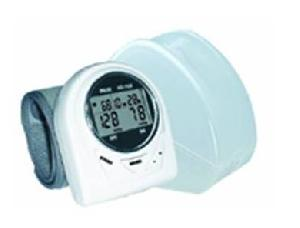 electronic blood pressure monitor wrist
