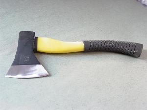 shovel hammer axe blade wrecking bar crow rake fork