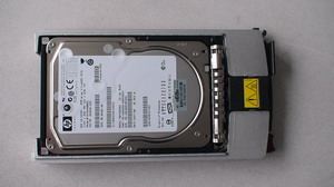 "hp 350964 b22 300gb universal plug ultra 320 10k 1"" hdd"