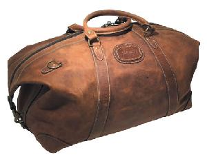 leather duffle looks lots carrying space