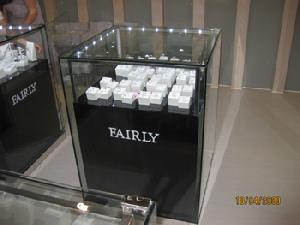 glass jewellery cabinets shop