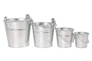metal buckets pails