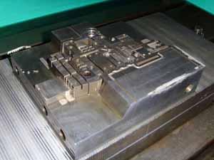 runner moulds dies manufacturer