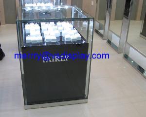 diamond display cabinets