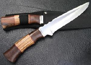 handmade hunting knife artwork