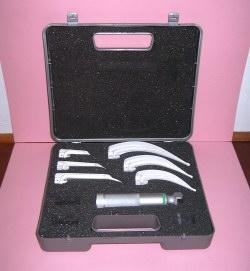 6 blade laryngoscope fibre optic