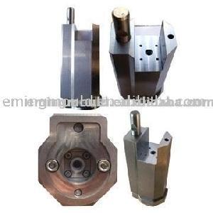 precision machining valve componenet