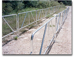 crowd stopper fencing steel barricades dipped galvanized zinc plating powder coating