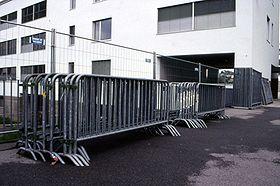crowd control barrier steel barricades pedestrian fencing