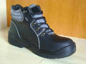 safety footwear manufacturer