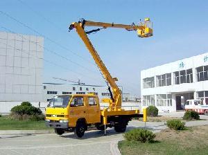 aerial platform truck