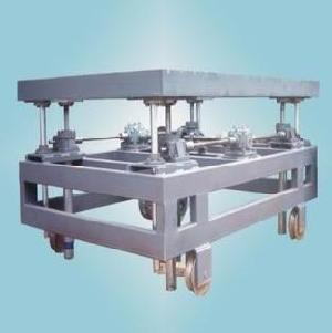 multiple worm screw jacks lifting platform