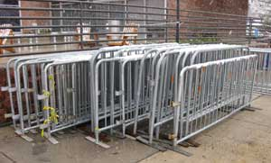 portable barriers crowds