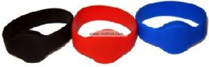 rfid uhf epc gen2 wristband