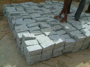 cobblestones kerbstones landscaping