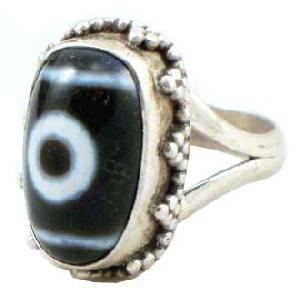 tibetan dzi bead ring