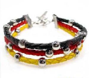 fashion cow leather bracelet