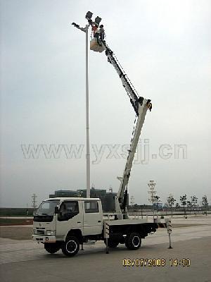 lift mounted truck