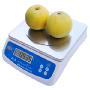 counting balance weighing vegetables fruits