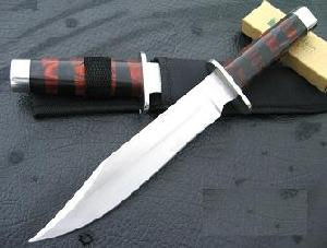 440 steel hunting knife