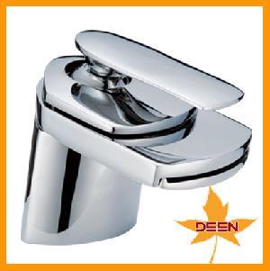 brass basin faucet waterfall