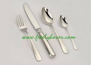 flatware cutlery dinnerware tableware spoon fork knife hotel restaurant