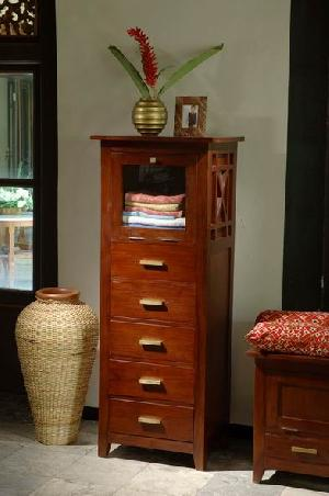 five drawers chest solid mahogany smooth surface