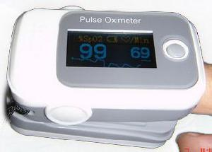 kn 601e four d display fingertip oximeter
